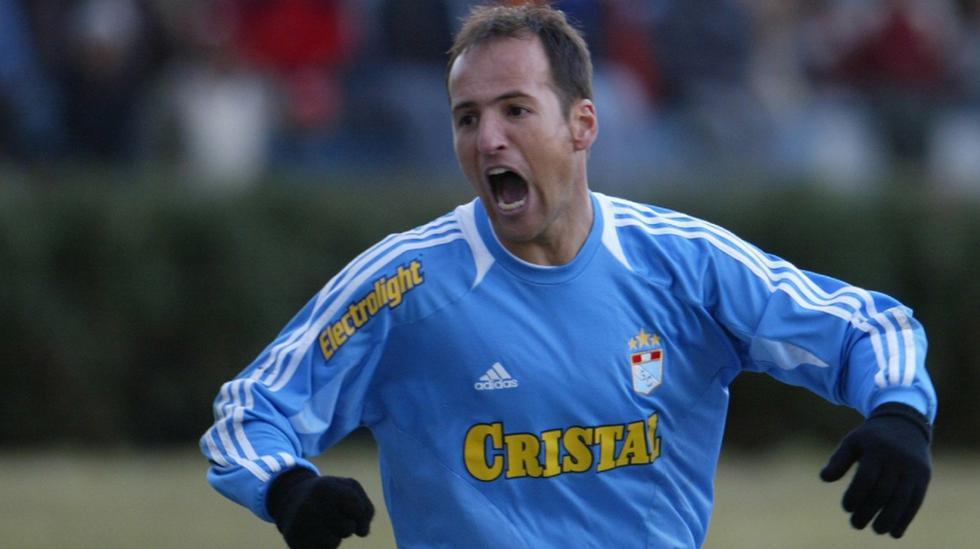Los delanteros extranjeros que la rompieron en el Perú - 12