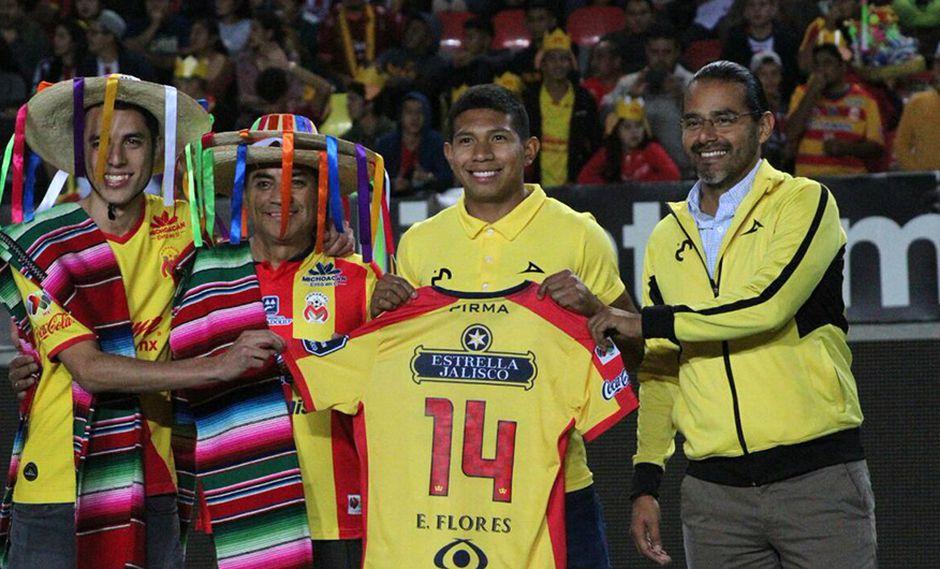 Edison Flores fue presentado así en el Morelia. (Foto: @javierochoal)