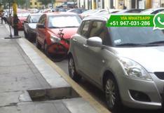 Breña: estacionan en zona rígida a espaldas de hospital