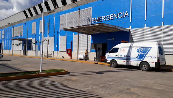 María Alvarado Cruz permanece en la Unidad de Trauam Shock del Hospital de Essalud de Tarapoto. (Foto: Hugo Anteparra)