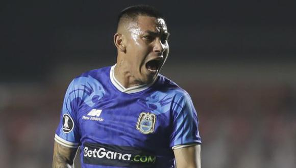 Jean Deza animó a Carlos Ascues previo a partido  Alianza Lima-Sport Huancayo. (Foto: AFP)