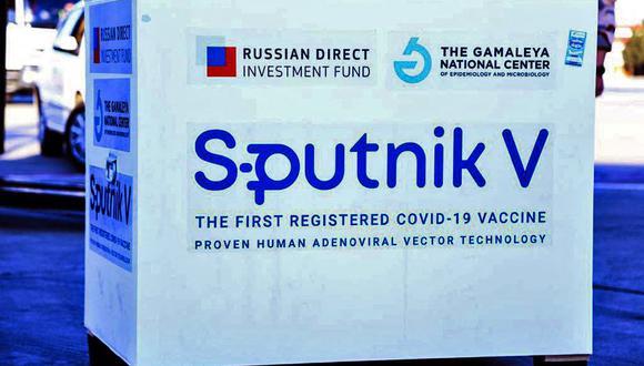 El primer envío de la vacuna rusa Sputnik V contra el coronavirus a Irán, el 4 de febrero de 2021. (AFP).