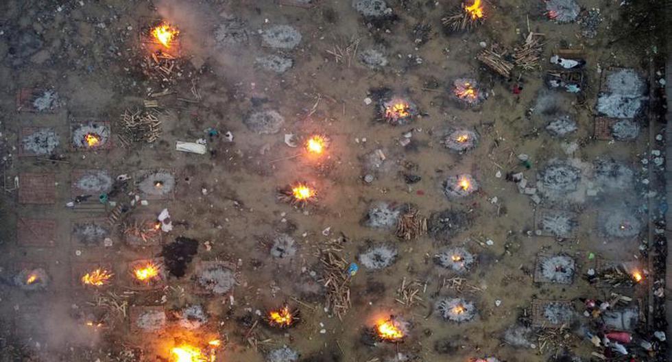 Imágenes como esta, de cremaciones masivas de víctimas que murieron debido al coronavirus en un crematorio en Nueva Delhi, India, han impactado a todo el mundo. (REUTERS / Danish Siddiqui).