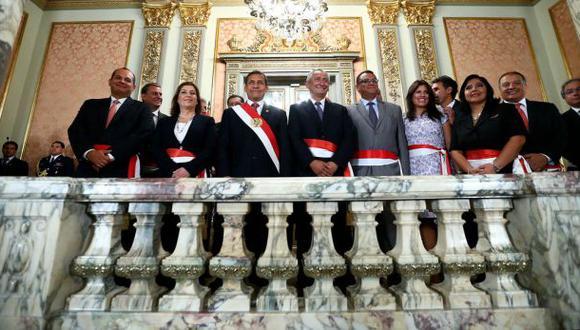 Gabinete en pleno permanece en Palacio de Gobierno