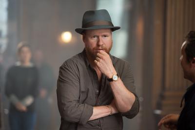 """Joss Whedon a fost acuzat pentru Exmujer Kai Cole, dacă este un """"feminist ipocrit"""" (Foto: AP)""""feminista hipócrita"""". (Foto: AP)"""