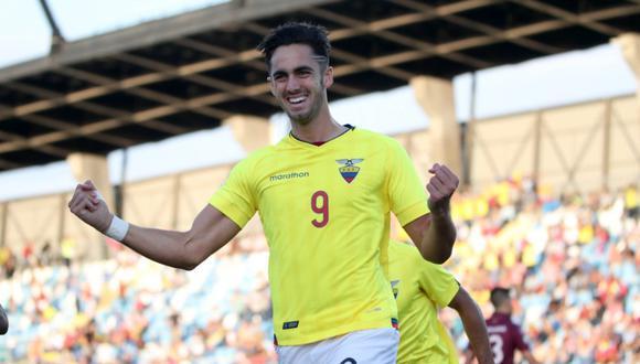 Ecuador vs. Venezuela: Leonardo Campana y la gran definición para el 1-0 desde el punto penal. | Foto: @Sub20Chile2019
