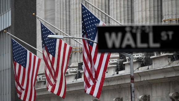 La economía estadounidense creció a una tasa del 2.2% en el período octubre-diciembre. (Foto: AFP)