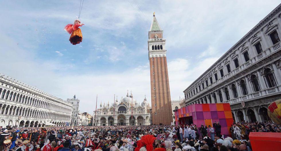 Alrededor de 25.000 personas se concentraron en la plaza de San Marcos, Venecia.(EFE).