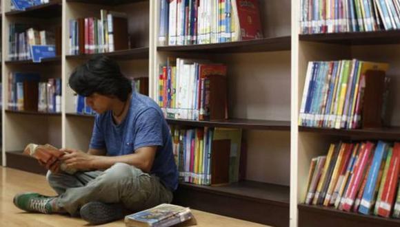 Decreto de Emergencia dispone la inversión del Estado de más de 10 millones de soles para la compra de libros para bibliotecas públicas. Una política que no se realizaba desde los años sesenta. (Foto: El Comercio)