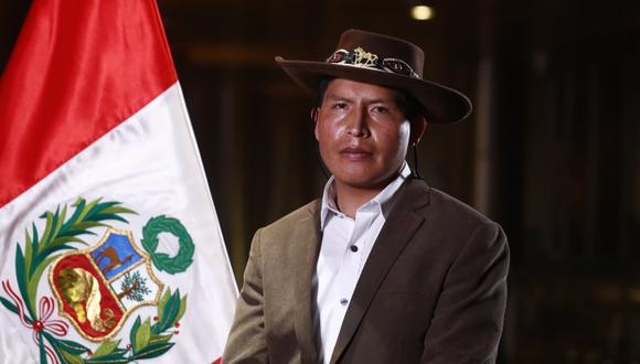 El nuevo ministro de Agricultura es natural de Paruro, región Cusco. Es bachiller de Derecho y Ciencias Políticas. (Foto: Presidencia Perú)