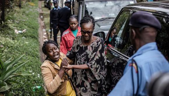 """""""Mi corazón y el de cada keniano está con cada hombre y mujer inocentes sacudidos por una violencia sin sentido"""" lamentó el jefe de Estado, quien deseó a los heridos """"una rápida recuperación"""". (Foto: AFP)"""