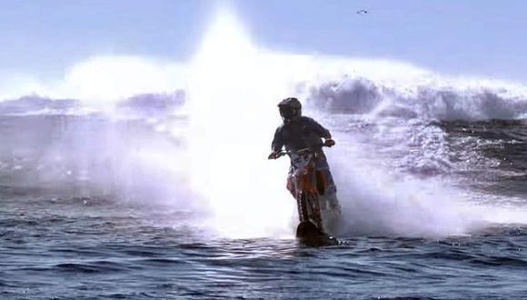 Las escenas con olas grandes fueron grabadas en Isla de Todos los Santos (México), mientras que las tomas con aguas tranquilas se realizaron en la costa de San Diego (California). (Foto: Youtube)