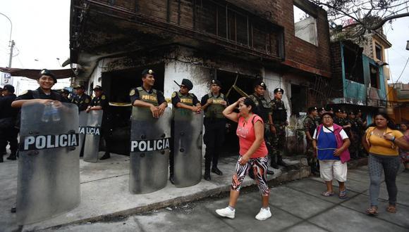 Hasta el momento son ocho las víctimas mortales que dejó el incendio en Villa El Salvador. (Foto: GEC)