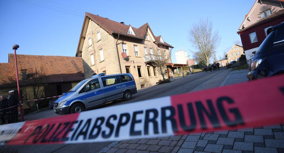 El tiroteo se habría producido en un albergue, ubicado en una avenida donde está situada la estación de tren, según el diario Bild. La avenida ha sido cerrada por cordones policiales. (Foto: AFP)