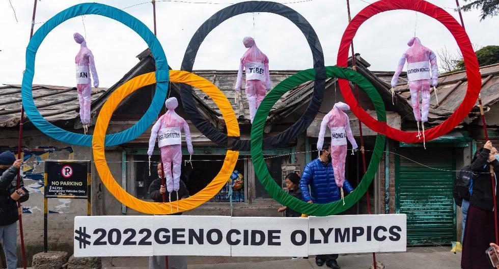 """Decenas de organizaciones de derechos humanos han llamado """"Olimpiadas del Genocidio 2022"""" a los Juegos Olímpicos de invierno que se realizarán el próximo año en la capital china, en protesta por la represión del régimen. (FOTO: AP)"""