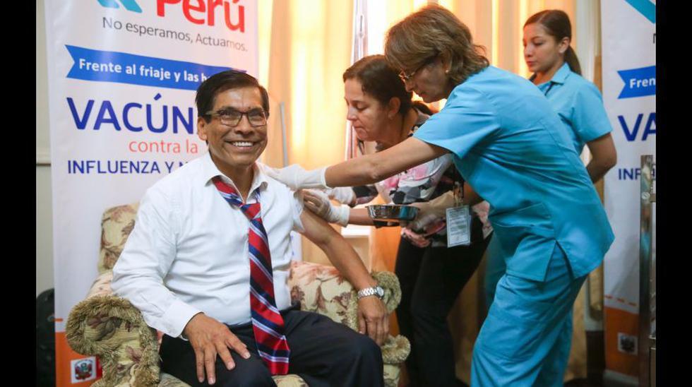PPK y ministros recibieron vacuna contra la influenza [FOTOS] - 13