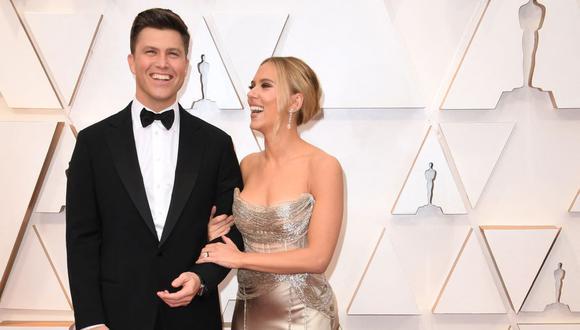 Scarlett Johansson y Colin Jost confirmaron la noticia mediante un representante y redes sociales. (Foto: Robyn Beck / AFP)