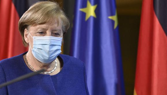 Angela Merkel advierte que las variantes del coronavirus podrían forzar a vacunar cada año (John MACDOUGALL / various sources / AFP).