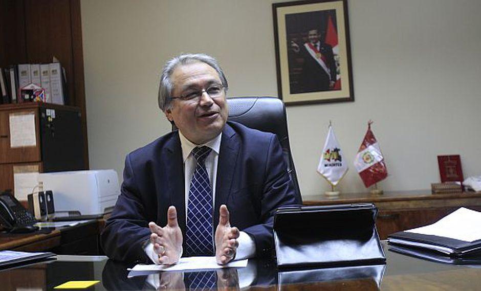 Ministro del Interior precisó que Pedraza asesora al Presidente
