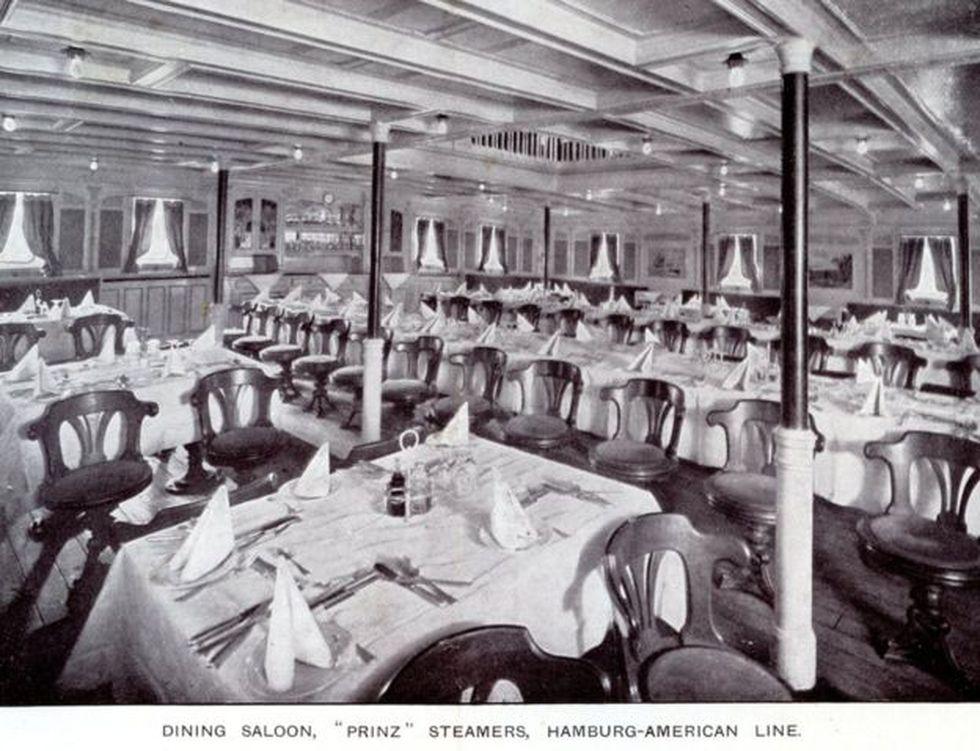 """El comedor para los viajeros de primera clase de """"El Alemán""""."""