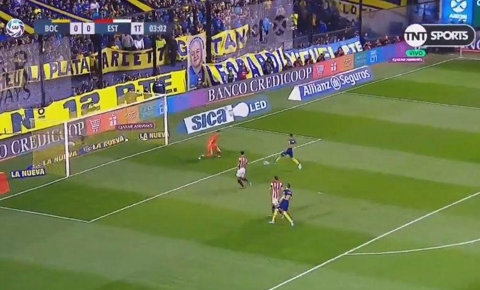 Emanuel Reynoso abrió el marcador a favor de Boca Juniors, tras aprovechar un rebote cedido por el golero Andújar, apenas a los 3 minutos de juego. (Foto: captura de video)