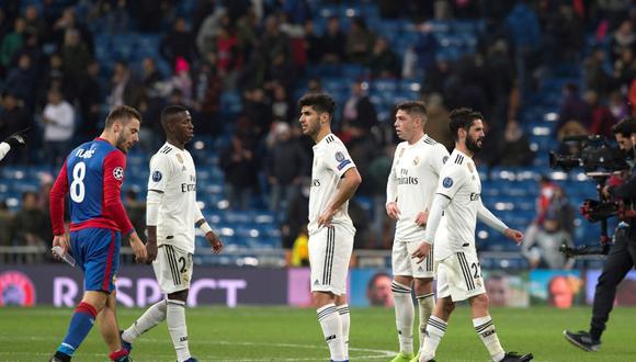 Real Madrid perdió 3-0 contra CSKA Moscú pero clasificó primero a octavos de la Champions League. (Foto: EFE)