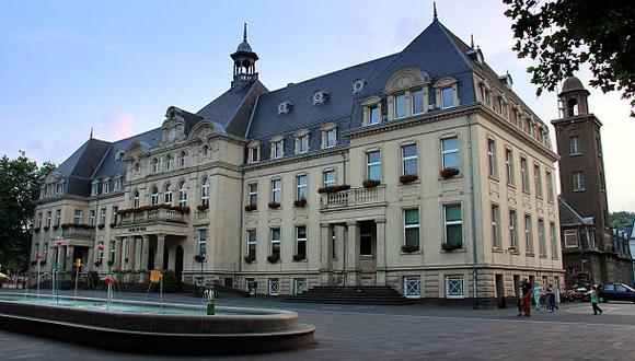Más de 300 empresas no pagan impuestos con ayuda de Luxemburgo