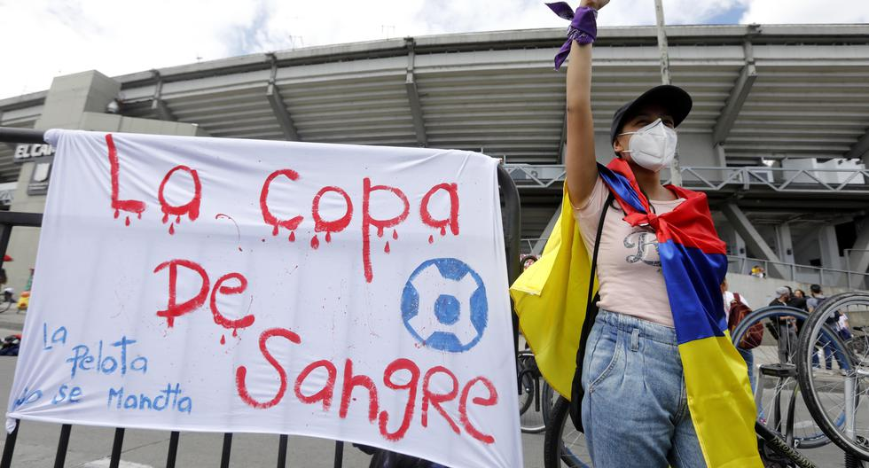 The fans who took down the Copa América in Colombia in the streets