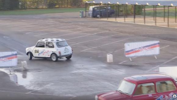 Alastair Moffatt volvió a conseguir un Récord Guinness por estacionar en paralelo. (foto: captura)