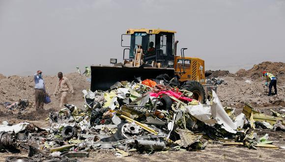 Restos del accidente de Ethiopian Airlines. (Foto: Reuters)