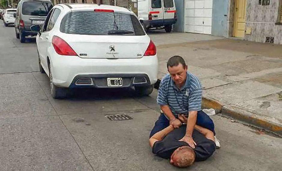 Alberto Olguín, de 40 años, fue detenido tras asesinar a su pareja de 6 puñaladas. Había sido denunciado por ella 17 veces. (La Nación de Argentina)
