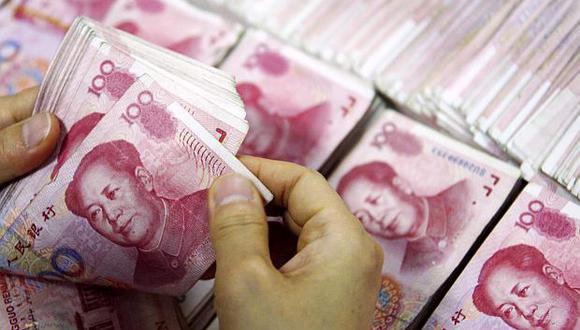 El yuan se ha devaluado 10% respecto al dólar desde abril. (Foto: AFP)
