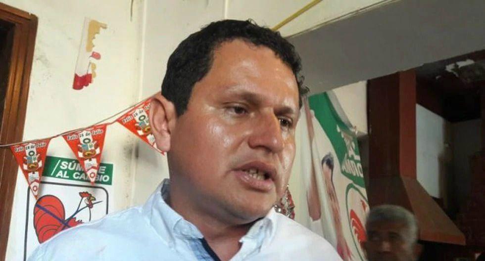 JNE multa a gobernador regional de Piura con 559 mil soles