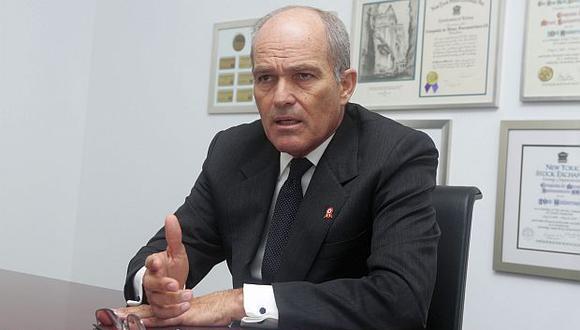 Roque Benavides dijo ratificar su compromiso con el desarrollo del país. (Foto: GEC)