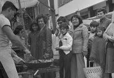 """Los """"chifas ambulantes"""" que atraían las miradas de los comensales limeños en 1979 con sus """"maniobras circenses"""""""