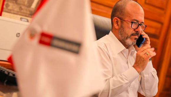 Víctor Zamora, ministro de Salud, es cuestionado por el Colegio Médico del Perú por recientes declaraciones sobre la atención de doctores con COVID-19. (Fotos: Minsa)