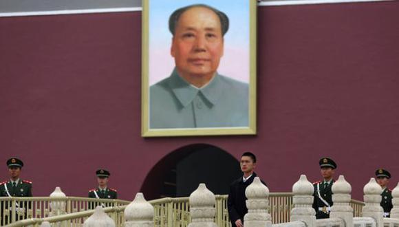 El hombre que nunca se arrepintió de profanar el retrato de Mao