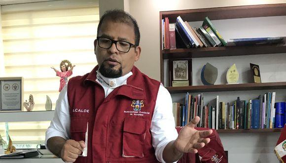 Pese a que la salud es estable, Omar Candia dejará la encargatura del despacho de alcaldía. Por medio de una resolución designará al teniente alcalde, Ángel Linares Portilla, para que asuma sus funciones (Foto: Zenaida Condori)