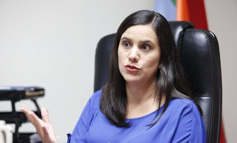 """La ex candidata presidencial Verónika Mendoza hizo un llamado a la ciudadanía a movilizarse """"para recuperar la política y la democracia para ponerlas al servicio de la gente"""". (Foto: GEC)"""