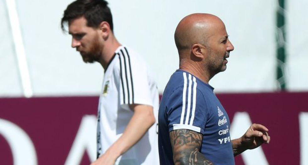 Messi y Sampaoli en los entrenamientos. (Foto: Reuters)