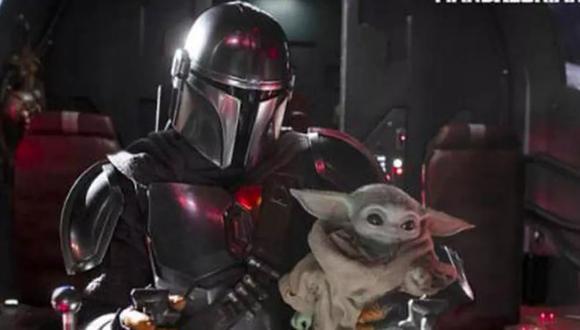 """""""The Mandalorian"""". En la imagen, Mando y Baby Yoda; los personajes principales. Foto: Disney+."""