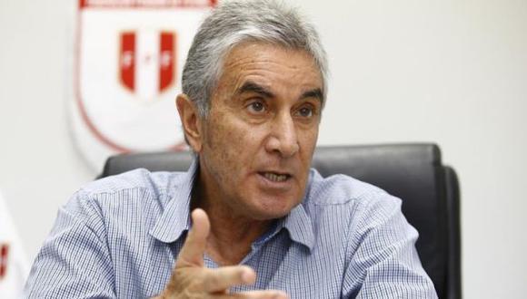 Juan Carlos Oblitas, director deportivo de la FPF, ofrecerá una conferencia de prensa virtual este lunes 23 de noviembre   Foto: GEC