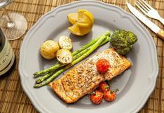 El consumo de verduras y pescado se asocia con un cuadro de COVID-19 menos severo