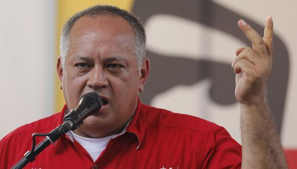 Este jueves en la página web del programa de Cabello, se señaló que el otro sujeto con el que Guaidó se retrató es Alberto Lobo Quintero. (Foto: AP)