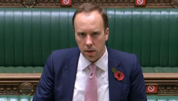 El secretario de Salud del Reino Unido, Matt Hancock, hace una declaración sobre el coronavirus a la Cámara de los Comunes, en Londres, el 10 de noviembre de 2020. (AFP/PRU).
