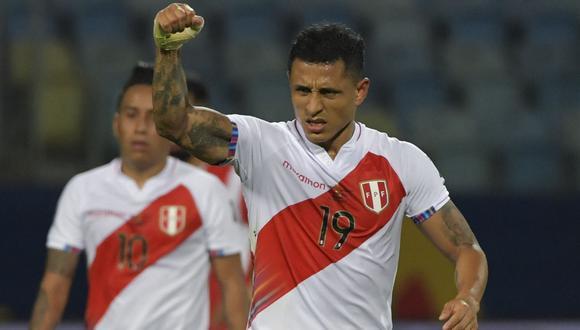 Yoshimar Yotún fue convocado por primera vez a la selección peruana en el proceso de Sergio Markarián. (Foto: AFP)