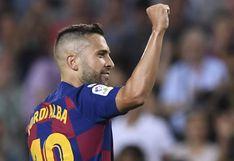 Jordi Alba estrenó su licencia de conducir a los 31 años: así llegó al entrenamiento del Barcelona | VIDEO