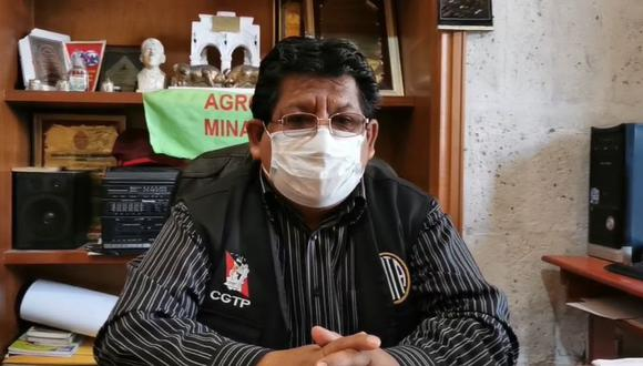 """José Luis Chapa, de la Federación Departamental de Trabajadores de Arequipa, pidió """"enmendar"""" nombramiento de primer ministro. (HBA Noticias)"""