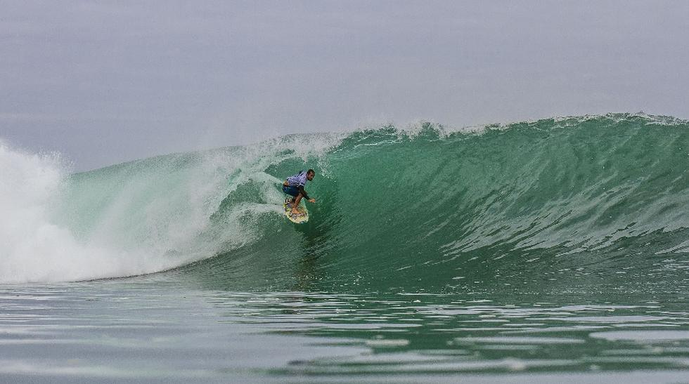 Javier Swayne conquistó estas olas de Cabo Blanco - 1
