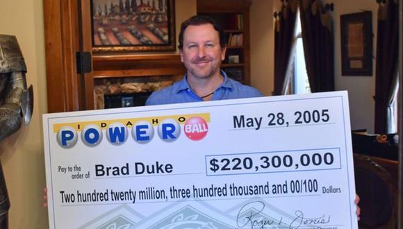 Brad Duke se hizo multimillonario de un día a otro pero no dejó de trabajar. (Foto: BBC Mundo)